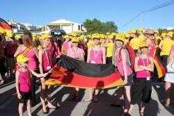 Team-Tarantella-zur-Eroffnungsfeier-in-Lagoa