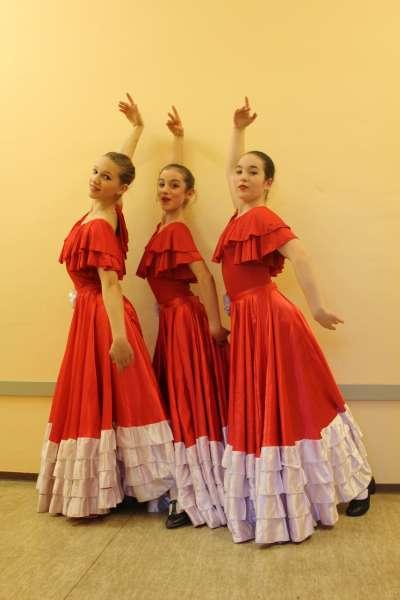Yara-Diezel-Rashmi-Torres-Merle-Lewandowski--Tanz--Alma-Gitana